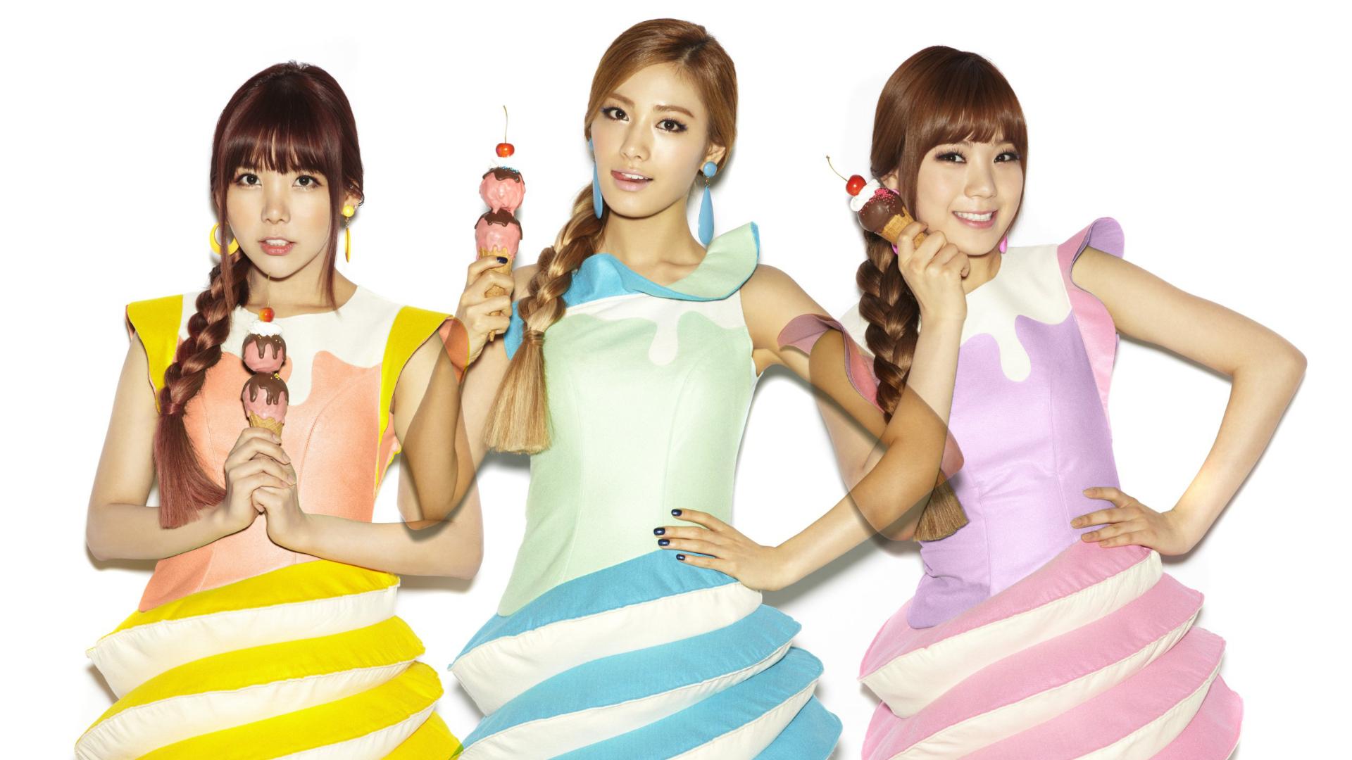 Orange Caramel (K-pop, female group) Orange-caramel-518ba2d4c15fb