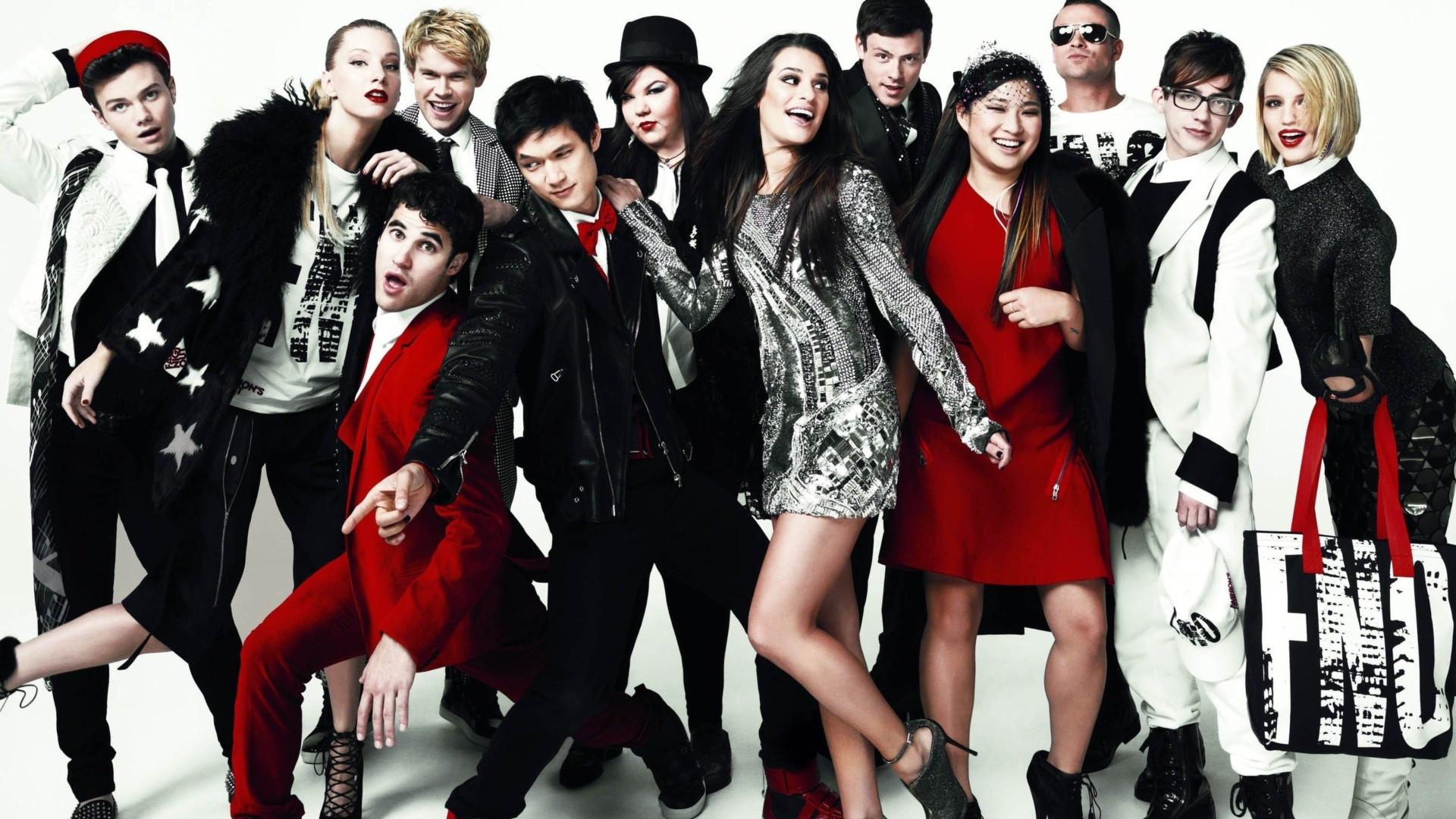 Glee cast backdrop wallpaper
